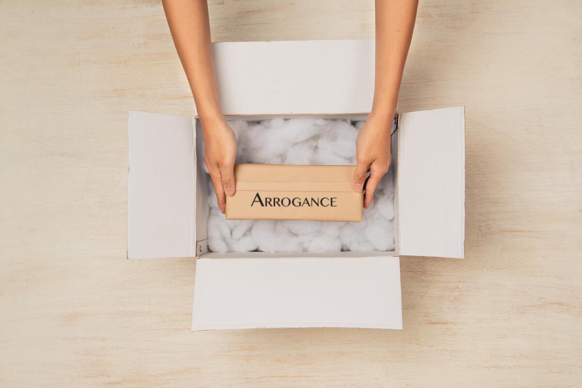 spedizoni arrogance